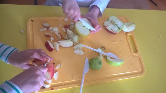 Oglądasz zdjęcia związane z artykułem: 'Sałatka owocowa'